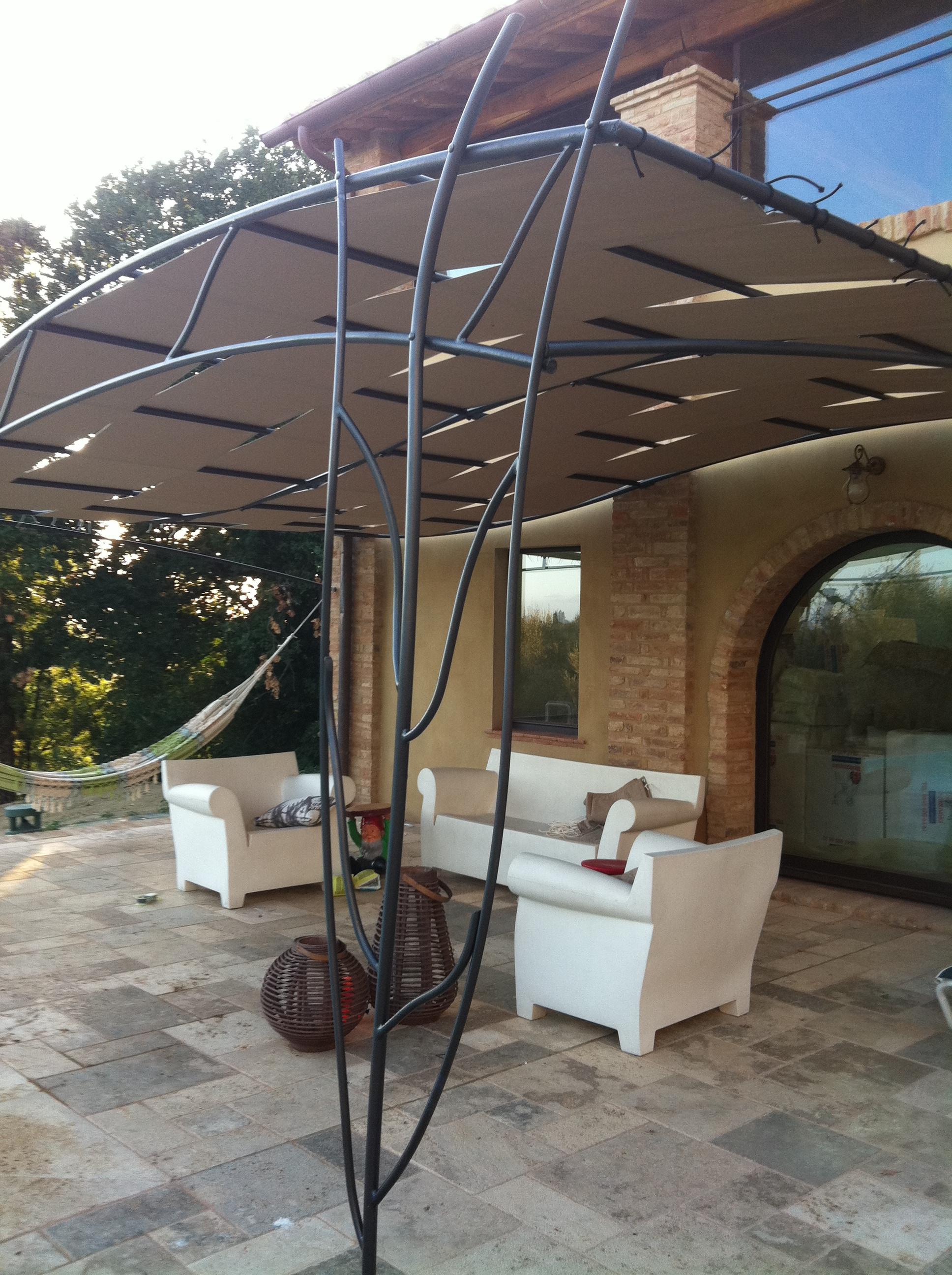 Pergole in ferro garden house lazzerini - Foto pergola ijzer smeden ...
