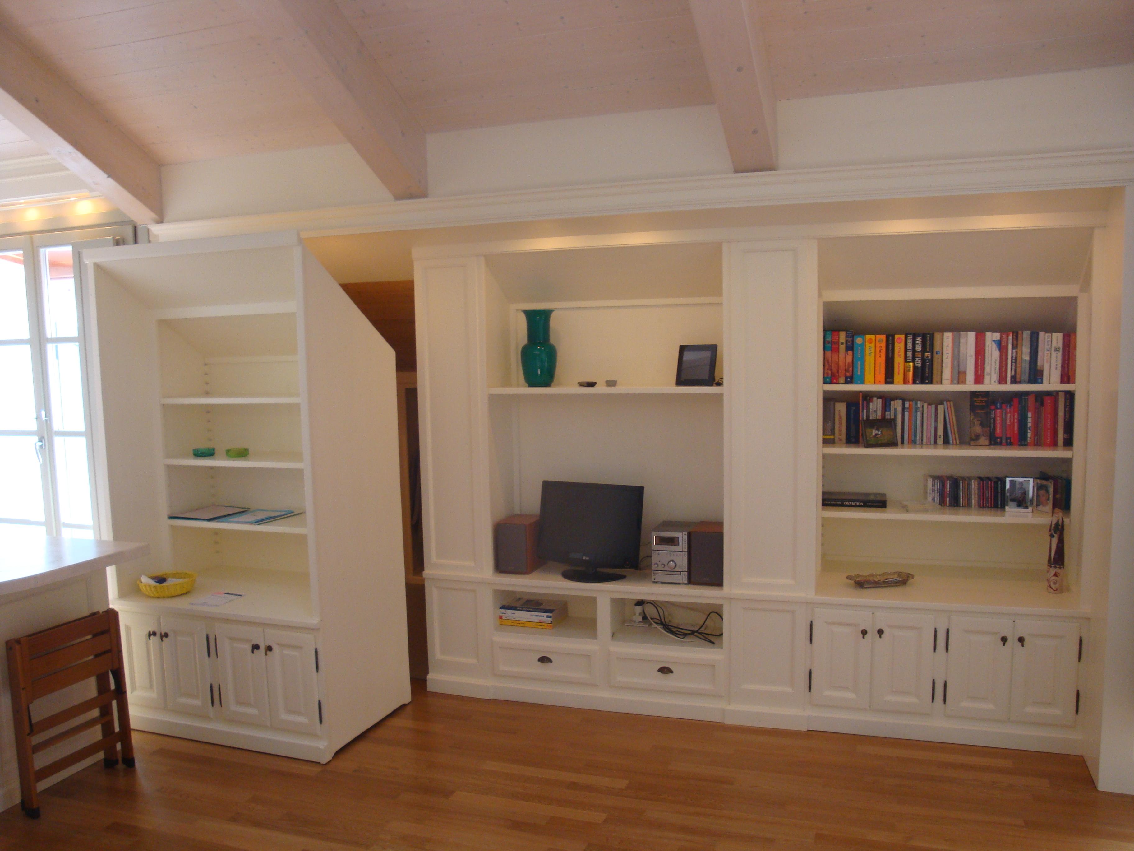 La vita in mansarda come sfruttare gli spazi al massimo - Come organizzare gli spazi in cucina ...