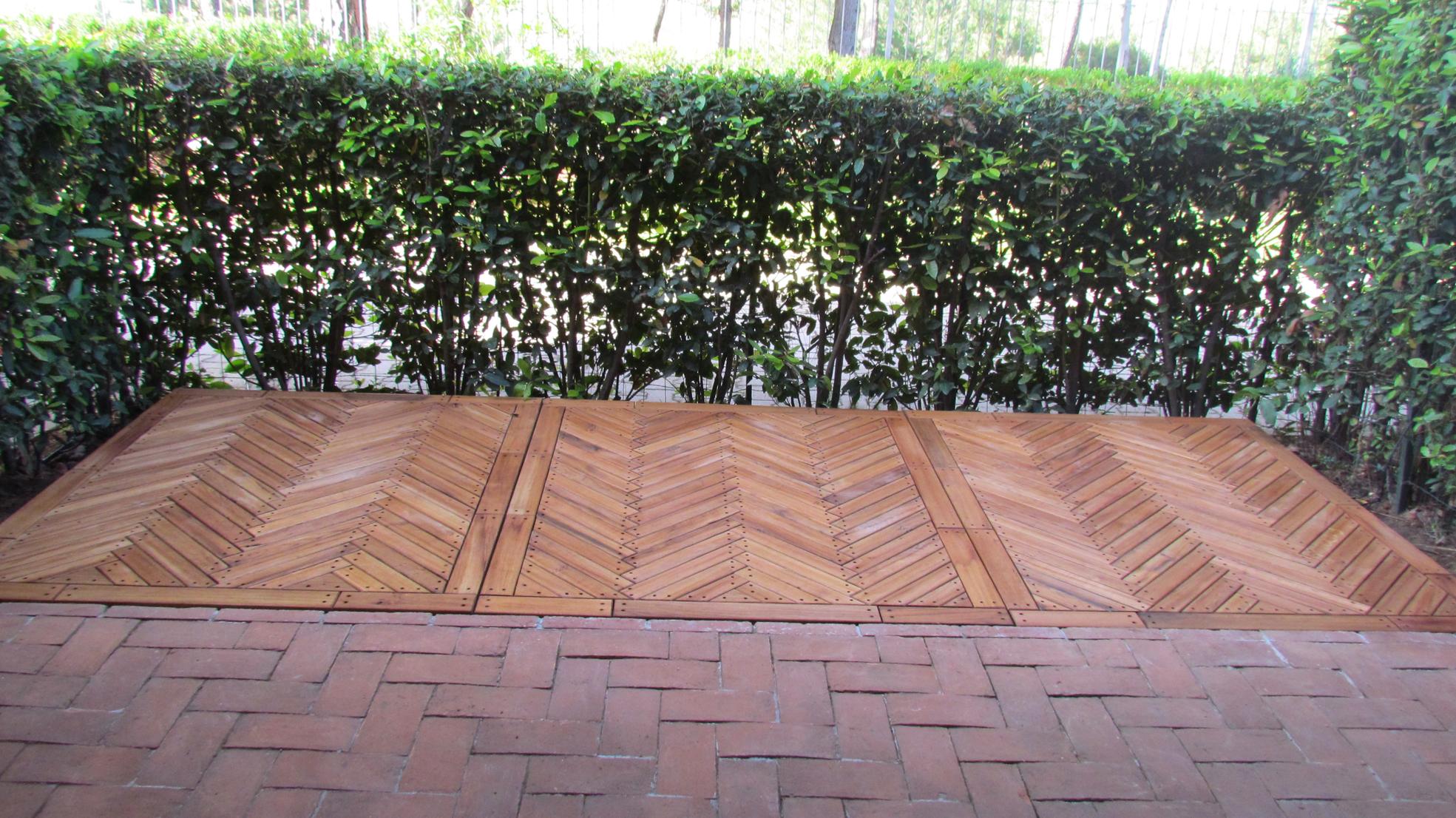 Rivestimenti per il giardino garden house lazzerini - Pavimento in legno per giardino ...