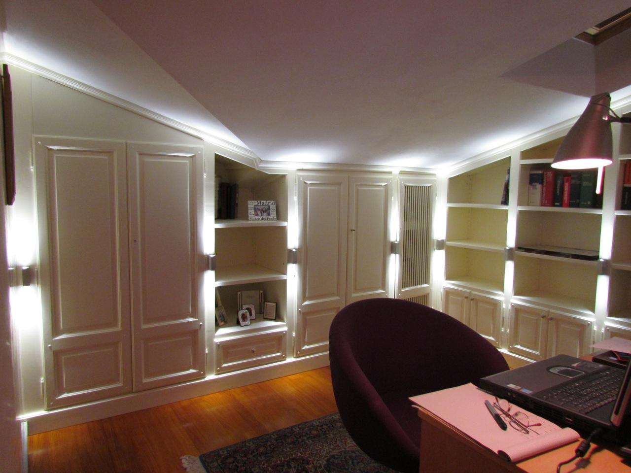 Arredare la mansarda garden house lazzerini for Mansarda in legno bianco