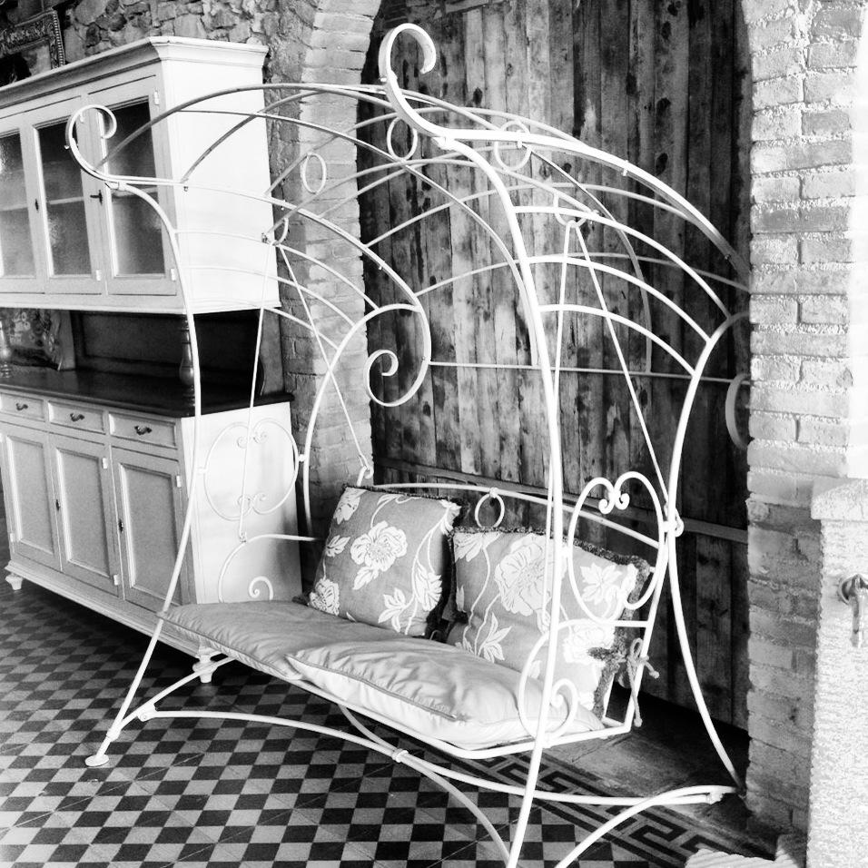 Il dondolo garden house lazzerini san vincenzo for Montaggio dondolo